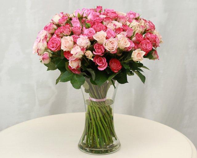 Где недорого купить цветы в спб